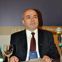 R. Caponi